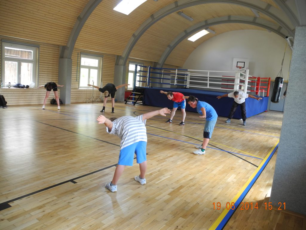 Erstes Training mit Boxring (2)